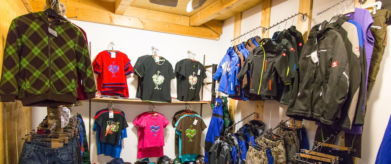 Freizeit Shirt Kleidung BH Oberland
